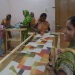 El objetivo de Marina Silk es brindar una formación, un trabajo digno y un salario justo a mujeres sin recursos de Varanasi (c) Yan Seiler