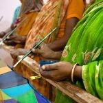 Actualmente el proyecto se destina a mujeres de los 'slums' de recogedores de papel y plástico de Sigra  - (c) Yan Seiler
