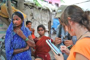"""""""La mejora de la situación sanitaria en los slums pasa por el trabajo conjunto con toda la comunidad"""""""