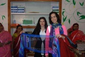 Visita de Elisa Cuenca a Marina Silk
