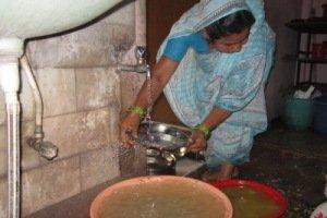 Laltusi Shekh trabajando en la escuela