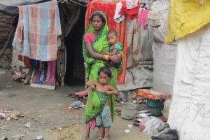 Mujeres en los slums