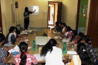 Las profesoras de Semilla aprenden nuevos métodos educativos
