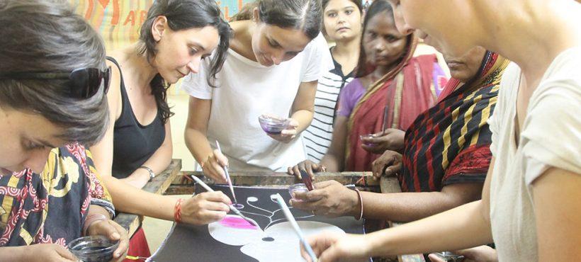 Nuevas caras e ilusiones hacen parada en Varanasi en el Viaje de Acción Solidaria