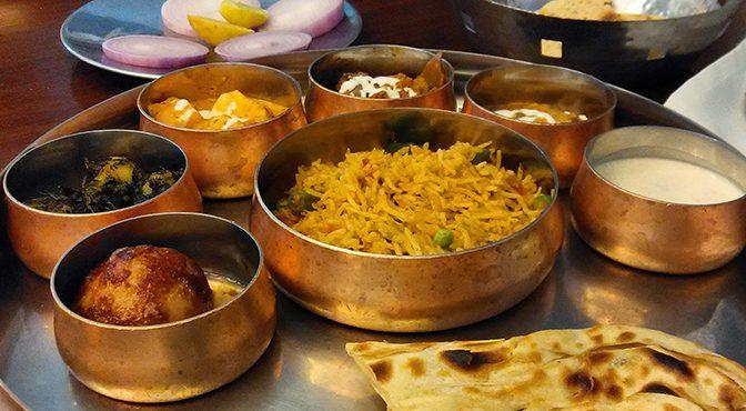 Segundo curso solidario de cocina india en A Coruña