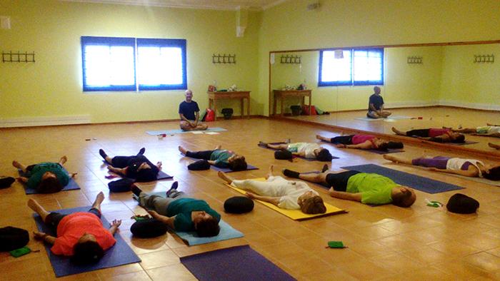 Espacio saludable semilla para el cambio - Espacio para el yoga ...