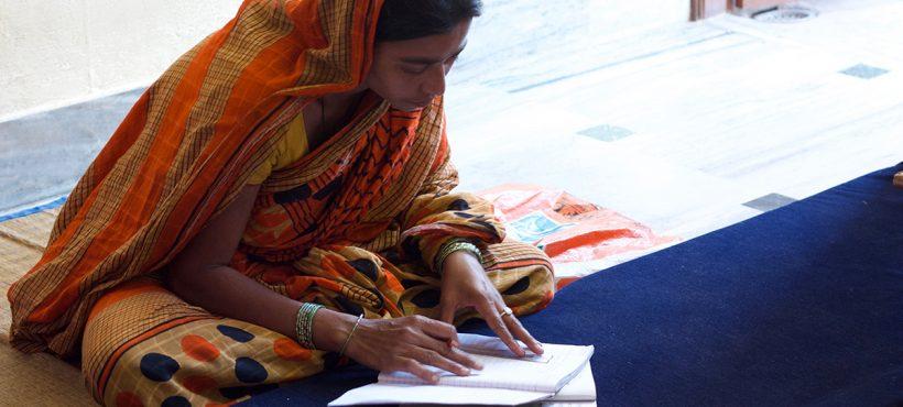 La alfabetización, una herramienta clave para el empoderamiento de la  mujer