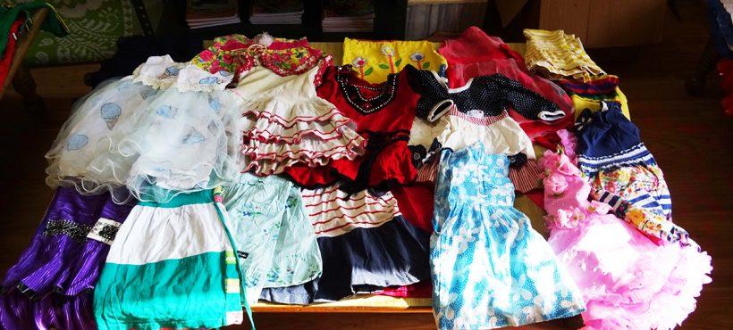 Semilla organizó un mercadillo gratuito para repartir ropa entre sus beneficiarias de los 'slums'