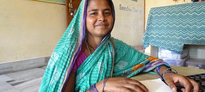 Con 19 años, Khoteja fue una de las primeras beneficiarias del Programa de Mujer