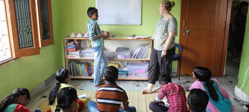 Tres ofertas de voluntariado internacional para comunicación, educación y sanidad