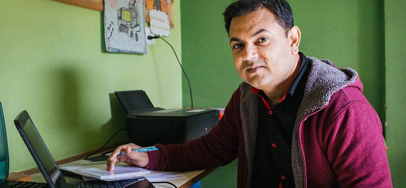 """""""En Varanasi hay grandes problemas de desigualdad, pobreza y mala calidad educativa. El trabajo de las ONG es muy importante"""""""
