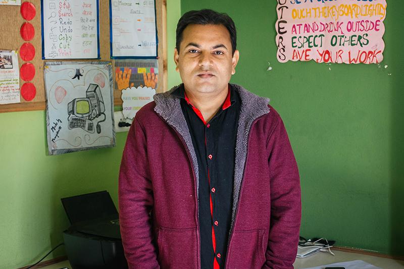 Vivek Srivastava - Semilla para el Cambio - ONG Varanasi - Educación