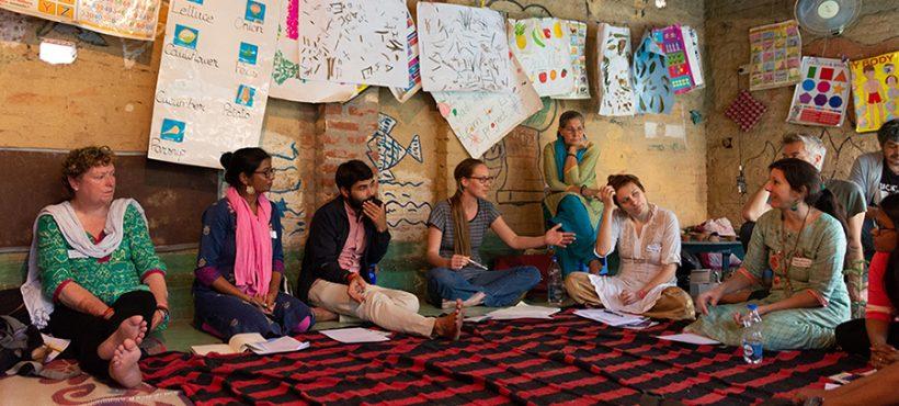 Semilla promueve un encuentro con ONG de Varanasi