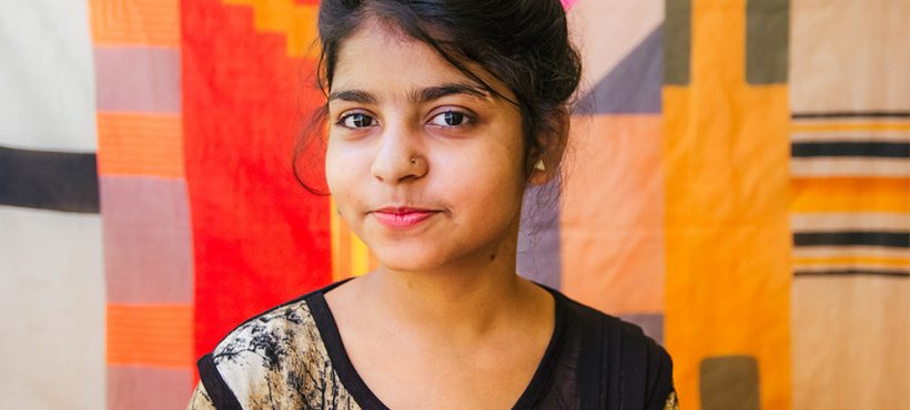 """«Yo también quiero abrir una ONG y ayudar a la gente"""". Durga, estudiante de Dashashwamedh"""