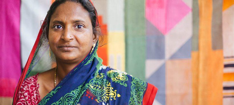 """""""Mi trabajo me permite salir de los 'slums'y visitar otros barrios, me encanta esta sensación de libertad"""". Leela, promotora de salud"""