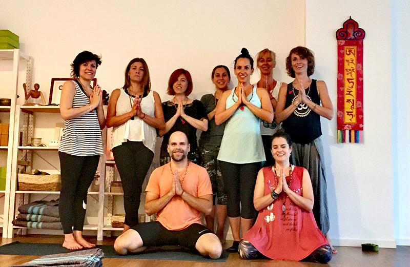 Yoga - Cooperación - Semilla para el cambio