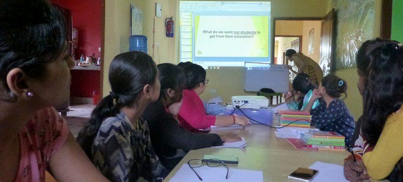 Nueva sesión de formación del profesorado en el centro de Sigra