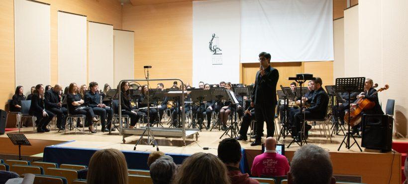 El concierto de primavera de la Sociedad Musical Eslava de Albuixech, a favor de Semilla