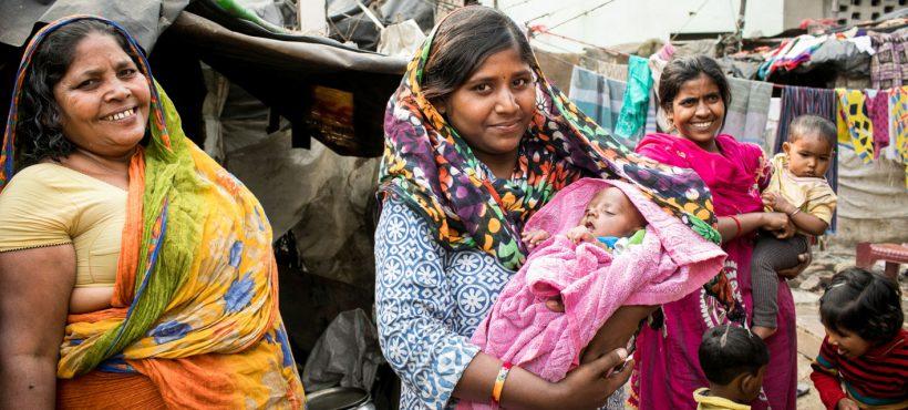 Los partos supervisados reducen la mortalidad materna y neonatal en los slums