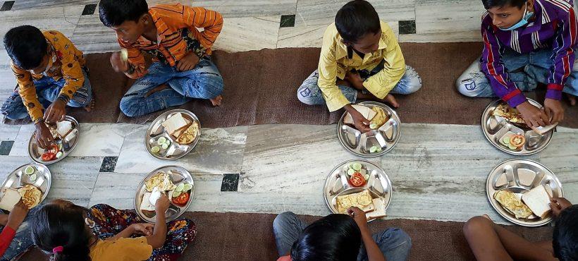 El programa de Nutrición de Semilla para el Cambio arranca su actividad con una comida al día